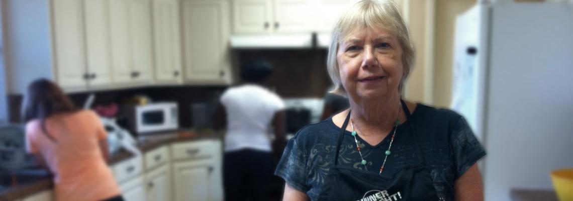 Award-Winning PCHAS Volunteer Arlene Hamilton Brings Nutrition Classes to the Waxahachie Single Parent Family Program